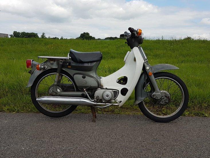 Honda-C50-K1-Japans-(05)-9363-km