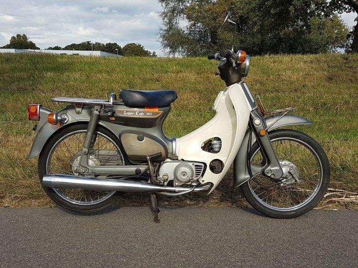 Honda-C50-K1-Japans,-mooi-(06)-18336-km