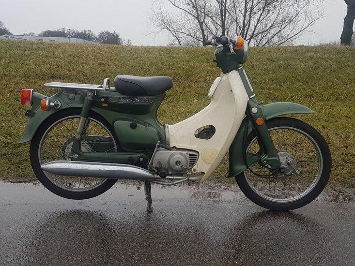 Honda-C50-K1-japans-(04)-16145-km