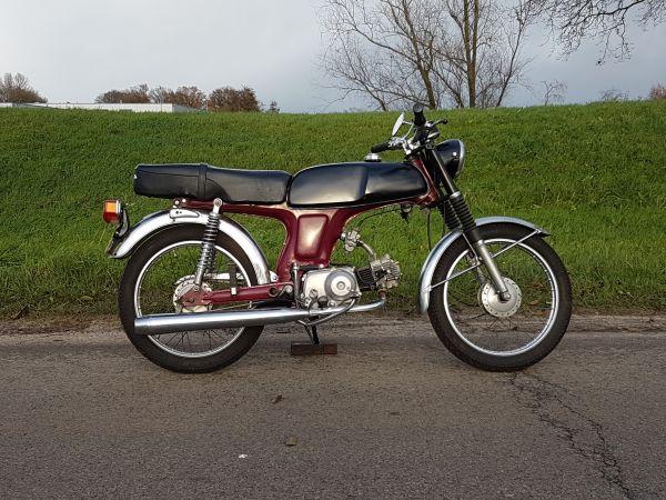 Honda-SS50,-nette-staat,-met-kenteken