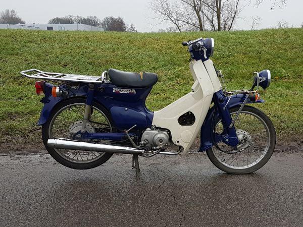 Honda-C50-Japans-(02)-89291-km
