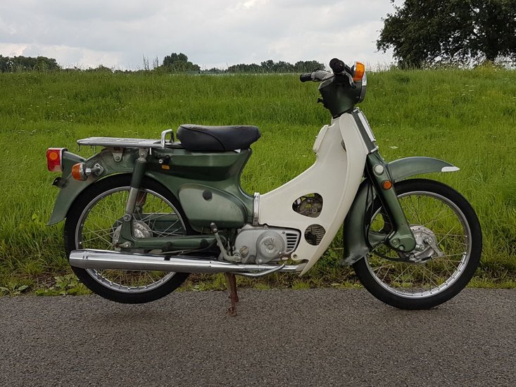 Honda-C70-Japans-(18)-groen,-Mooi,-14134-km,-met-kenteken