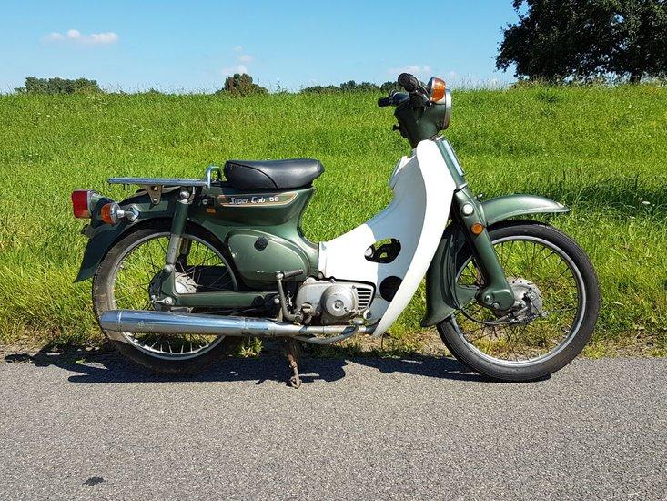 Honda-C50-K1-Japans-(44)-groen,-met-kenteken,-7781-km