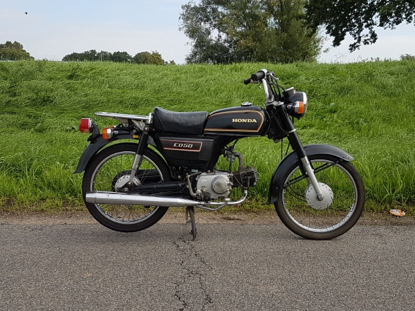 Honda-CD50-Benly,-50cc,-(04)