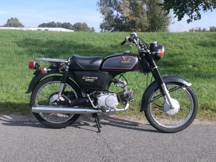 Honda-CD90-Benly,-90cc,-(1)