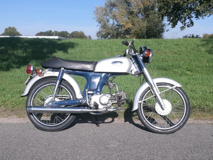 Honda-CD50-Benly,-50cc,-(1)